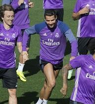 Ronaldo và Bale trở lại, Real sẵn sàng phá kỷ lục của Barca