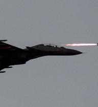 24h qua ảnh: Chiến đấu cơ Su-30 phóng tên lửa diệt mục tiêu