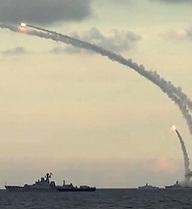 """""""Ngồi nhà"""" vẫn diệt gọn mục tiêu, Nga còn cần căn cứ quân sự ở nước ngoài không?"""
