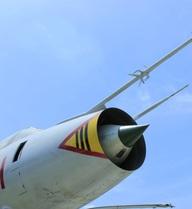 """Thỏa ước mơ: Tiêm kích bom Su-22 vừa """"đáp"""" xuống ngay giữa trung tâm Hà Nội!"""