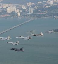 Quốc gia Đông Nam Á này đã tính kỹ: F/A-18 phối hợp cùng Su-30 tạo thành cặp đôi hoàn hảo!