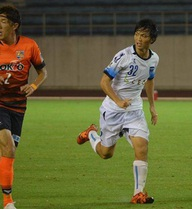 """Sau """"bàn thắng vàng"""", Tuấn Anh lại """"mất tích"""" ở Yokohama FC"""