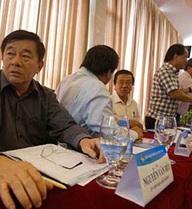 Hội nghị Ban Chấp hành VFF: Giữ được ghế thì… má đã sưng