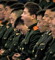 """Thừa nhận quan hệ PLA-Bắc Kinh rạn nứt, TQ lo cho """"chiến tranh nhân dân"""""""