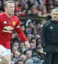 """Man United chơi thế nào khi """"trảm"""" Rooney?"""
