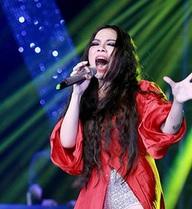 Hà Linh: 'Không mặc gì cũng có thể hát nhạc Trịnh'