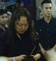 Nhật Hào đã làm điều rất đặc biệt trong tang lễ Minh Thuận