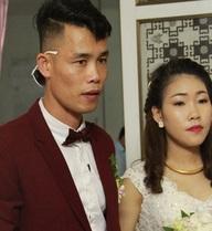 Vợ thứ ba của Hiệp Gà mặc váy cưới lấm lem bùn đất trong lễ rước dâu