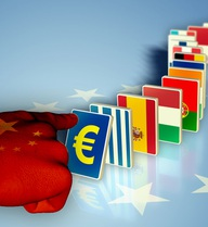 Hậu phán quyết Biển Đông: TQ giơ tập séc, EU hạ giọng thì thào