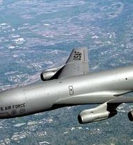 """Những mẫu máy bay làm nên tên tuổi của """"ông trùm"""" Boeing"""