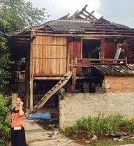 Yên Bái: Dân hốt hoảng chạy ra khỏi nhà khi nóc nhà bị cuốn bay
