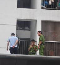 Hà Nội: Đau xót bé trai rơi từ tầng 11 chung cư tử vong thương tâm