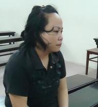 Bị cáo lừa bà ngoại hơn 300 triệu khóc lăn tại tòa