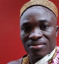 Ông vua châu Phi gây bất ngờ với hành động không nhiều người cùng đẳng cấp làm được