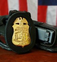 FBI Mỹ cấp tốc mở gói thầu cung cấp súng mới: Kết quả không thể bất ngờ hơn!