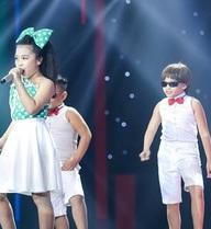 """The Voice Kids: Cô bé lên 10 đã """"dám"""" hát Đường cong của Thu Minh"""