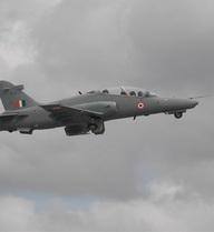 Máy bay của Không lực Ấn Độ bị rơi ngay sau khi cất cánh