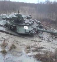 Lính xe tăng và những bài học vượt qua bãi lầy đáng nhớ!