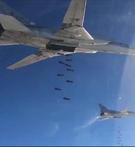 6 chiếc Tu-22M3 của Nga hợp lực dội bom IS