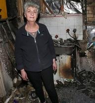 Máy giặt Samsung phát nổ rồi bốc cháy, chủ nhà ngộp thở