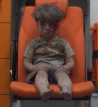 Anh trai của cậu bé người Syria đã tử vong vì thương tích quá nặng
