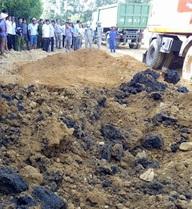 [NÓNG] Đang cất bốc khẩn cấp 267 tấn thải Formosa chôn ở trang trại của Giám đốc cty môi trường