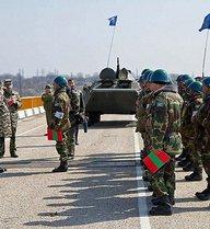 """Nga tuyên bố chưa thể rút quân ở """"sát sườn"""" Ukraine"""