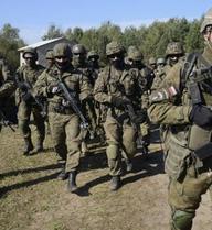NATO dọa Nga đầu hàng hoặc bị tấn công phủ đầu