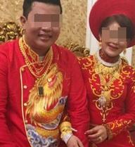 Đám cưới toàn vàng của cặp đôi người Việt