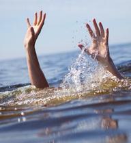 """Những điều """"sống còn"""" cần phải ghi nhớ trước khi đi biển"""