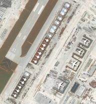 """TQ xây hàng loạt nhà chứa máy bay quân sự ở Trường Sa, """"sẵn sàng cho một cuộc tấn công"""""""
