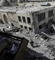 """Mỹ ném bom giết """"nhầm"""" 62 lính Syria, Nga yêu cầu Liên Hợp Quốc họp khẩn"""