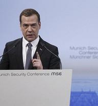 """Thủ tướng Nga """"hổ thẹn"""" vì SVĐ tỷ USD bị chậm gần... 10 năm"""