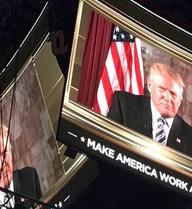 """""""Trump đe dọa an ninh bằng 'nền chính trị của nỗi sợ và cô lập'"""""""