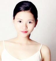 """Cô gái 9X xinh đẹp thẳng tưng tuyên bố: """"Yêu là phải mở to 2 mắt"""""""