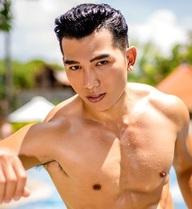 Ngọc Tình lọt top 15 khi trình diễn đồ bơi tại cuộc thi Nam vương