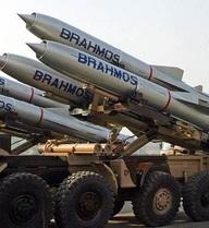 Ấn Độ đưa 100 tên lửa siêu thanh BrahMos tới sát biên giới, Trung Quốc tức giận