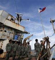 Biển Đông hôm nay: Philippines sẽ quên vụ kiện, giao hảo cùng Trung Quốc?