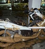 Vụ bùn vùi lấp hàng chục xe máy ở chung cư: Vì sao tường hầm bất ngờ bị vỡ?
