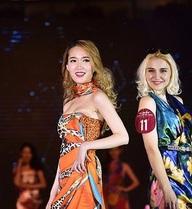 Người đẹp vòng 1 ở Trung Quốc bị phản đối vì thắng nhờ phẫu thuật