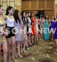 Clip hé lộ buổi tập luyện đầu tiên của thí sinh Hoa hậu Việt Nam