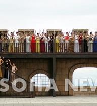 Clip hậu trường buổi chụp ảnh cho chung kết Hoa hậu VN 2012