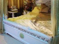 Đại gia Lê Ân mua giường 6 tỷ vận chuyển bằng hàng không