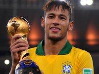 Tung ảnh thiếu vải, bồ Neymar gây sốt tại Barcelona