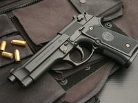 Lính Trung Quốc khoe khả năng 'bịt mắt lắp súng'