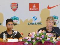 Website Arsenal phấn khích với