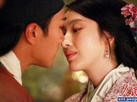 """Video: 5 nụ hôn """"cháy bỏng"""" trên màn ảnh Việt"""
