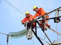 Hiện trường vụ tai nạn gây mất điện toàn Miền Nam