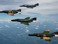 Cuộc chiến của cặp kỳ phùng địch thủ trên bầu trời Việt Nam