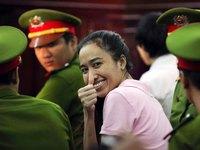 Vui nhộn với clip dàn ca sĩ khắp thế giới 'hát' nhạc Việt